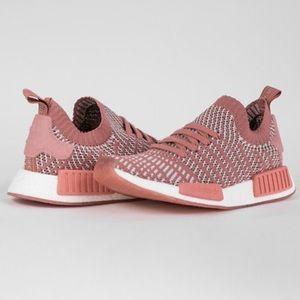 Adidas Boost pink primeknit sneakers NWT